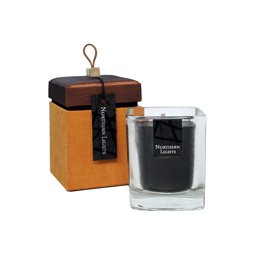 N Light Black Tea Candle Rus